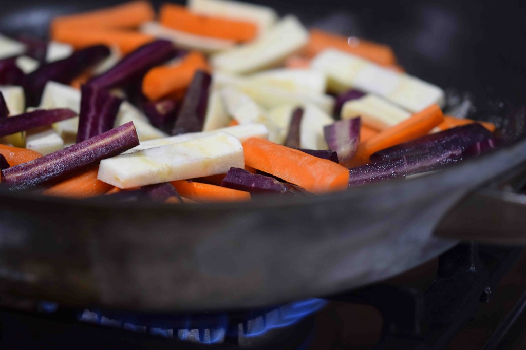 carrot-and-parsnip-with-thyme-preparation